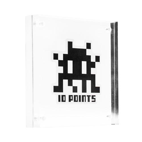 invader 10 points sticker