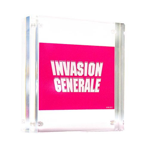 invader invasion generale sticker in clear frame